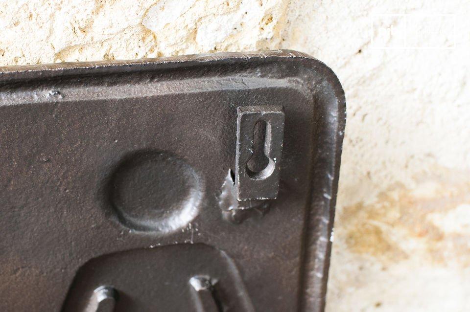 La placca da WC in bronzo può anche essere utilizzata in luoghi pubblici