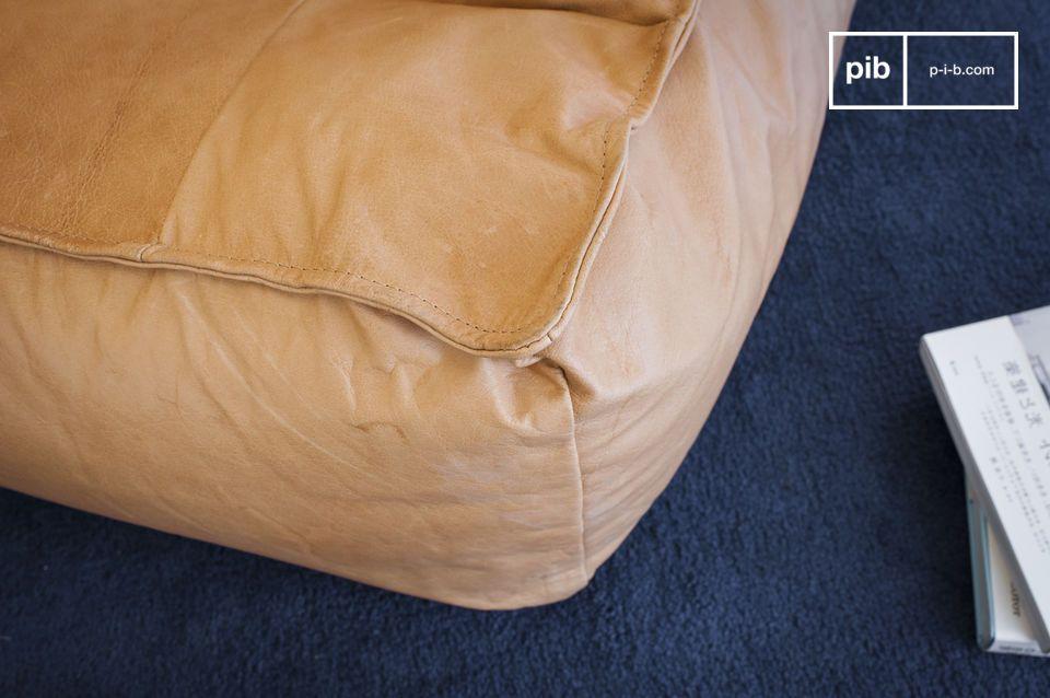 Non c\'è bisogno di scegliere tra il divano e il pouf per godersi momenti di relax perché la
