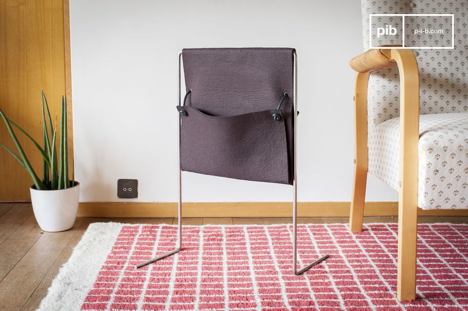 Questo supporto per riviste è l\'oggetto perfetto per decorare il vostro salotto con una oggetto
