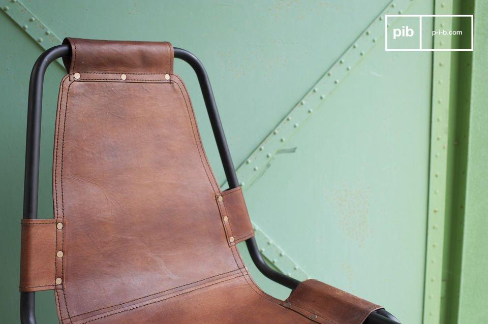 Pelle e metallo per uno stile senza eguali