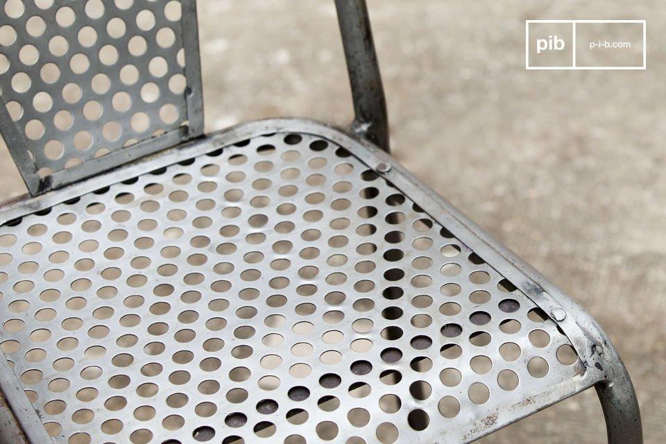 Design originale con metallo perforato