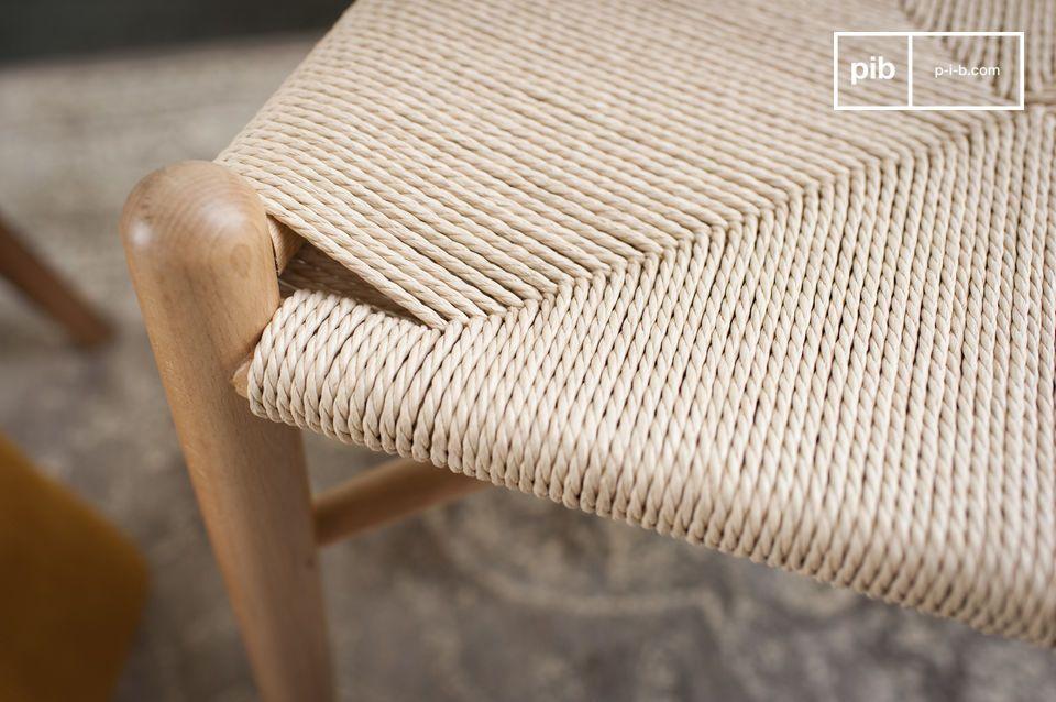 Design elegante legno liscio e levigato