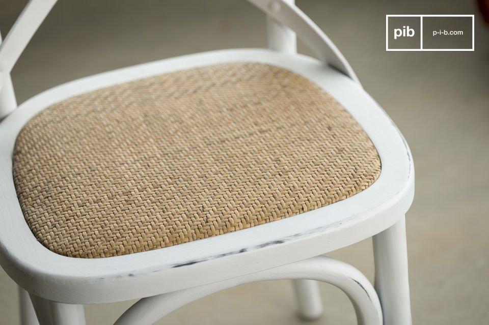 La sedia Pampelune assicura un comfort eccellente