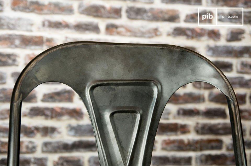 Repubblicazione del mito dei mobili di metallo del 1920