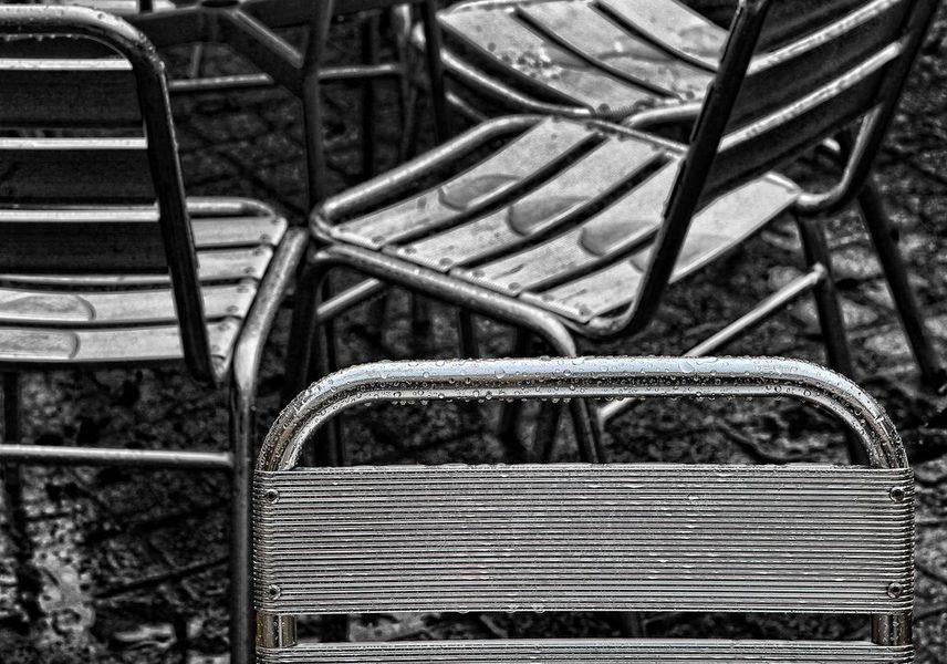 sedie con motivi