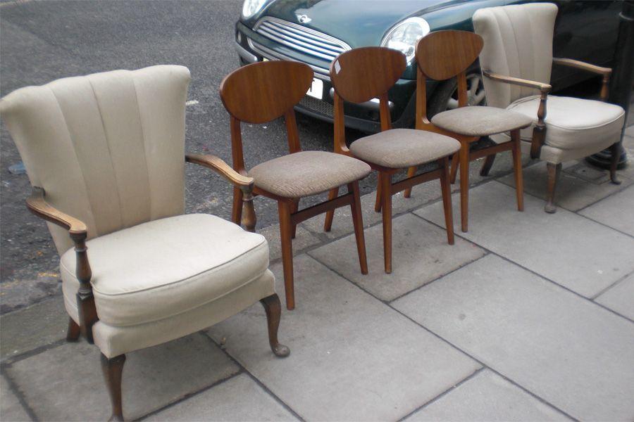 sedie con poltrone chiare