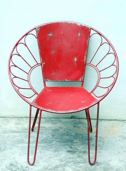 sedie di metallo per luoghi aperti