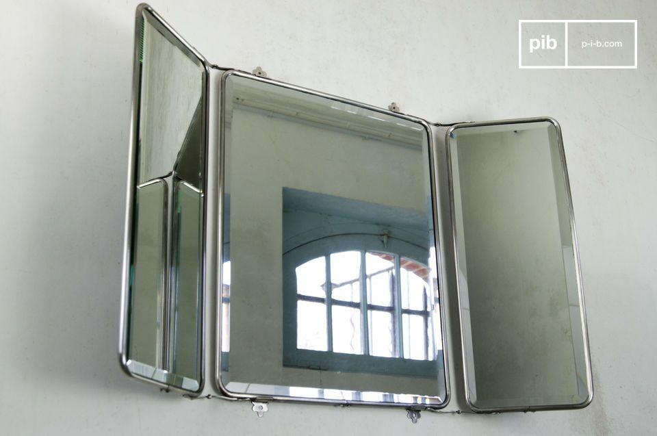 Specchio con alette