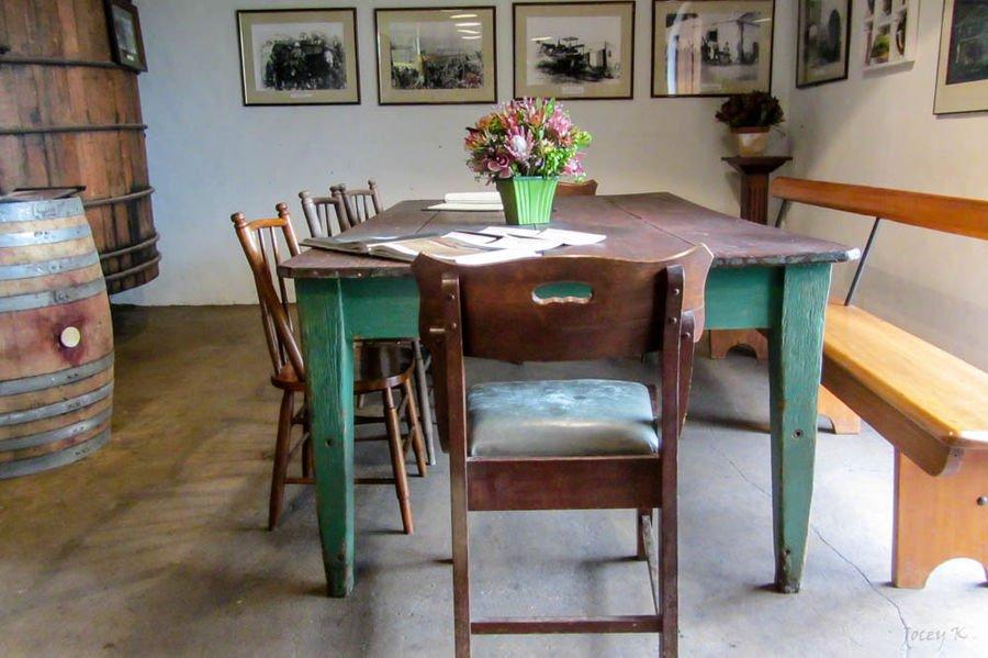 Come scegliere il tavolo da pranzo in legno ideale per il tuo interno