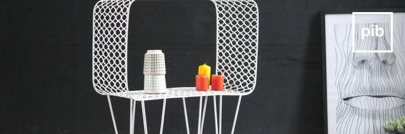 Tavolini da salotto moderni scandinavi, presto di nuovo in collezione