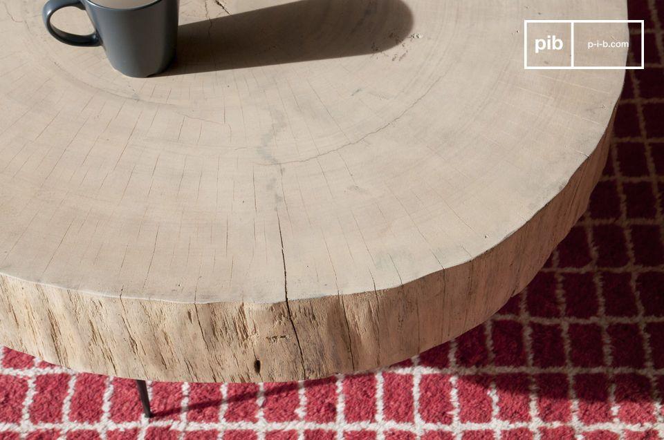 Un tavolino da caffè organico e perfettamente singolare