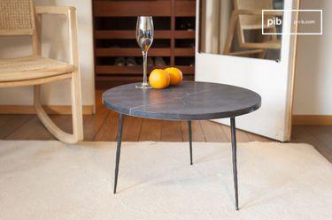 Tavolino da divano in marmo nero Vilma