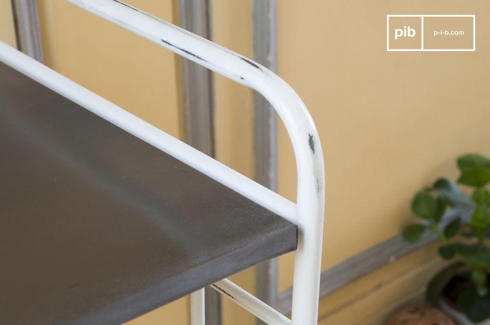 Il tavolo da collezione di Gibelle può essere utilizzato in differenti spazi