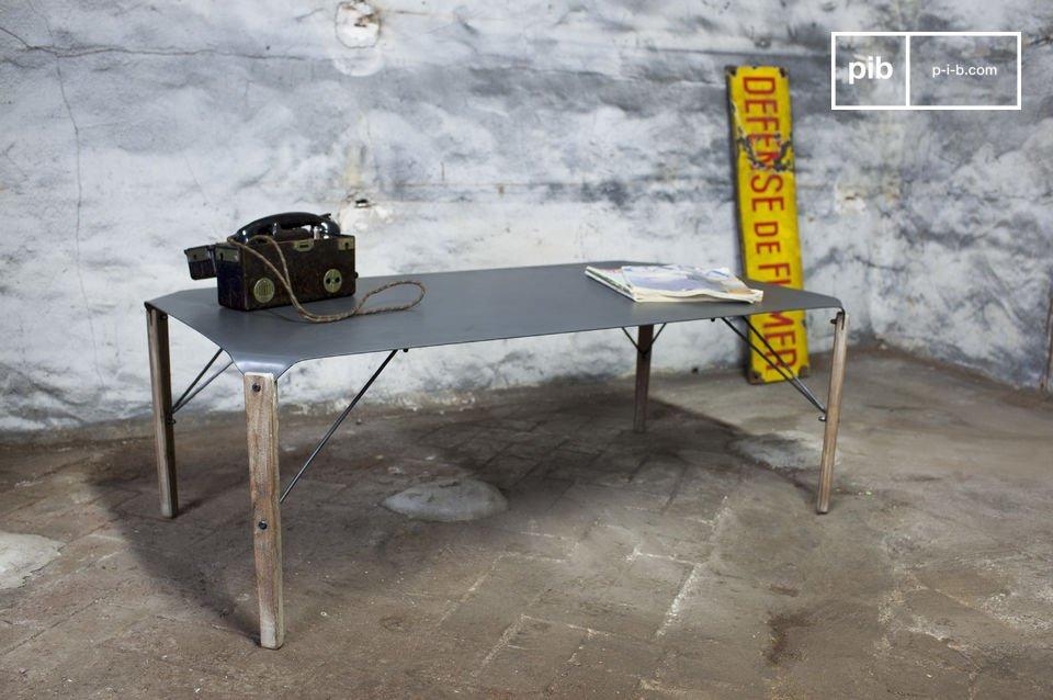 Un Tavolino dotato di Finezza in Puro Stile Industrial