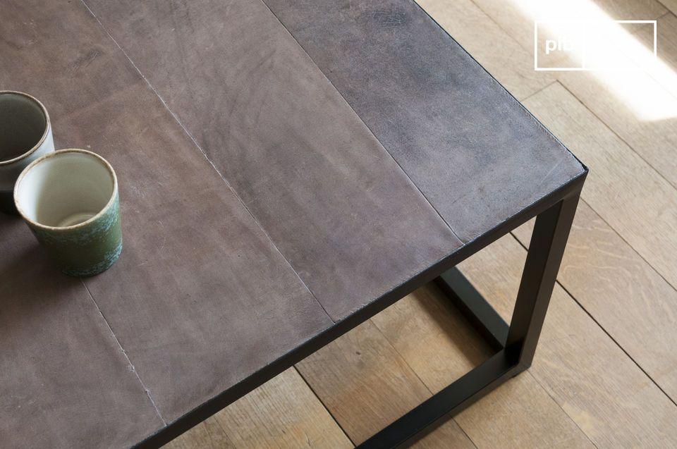 Tavolino in pelle Rothmann