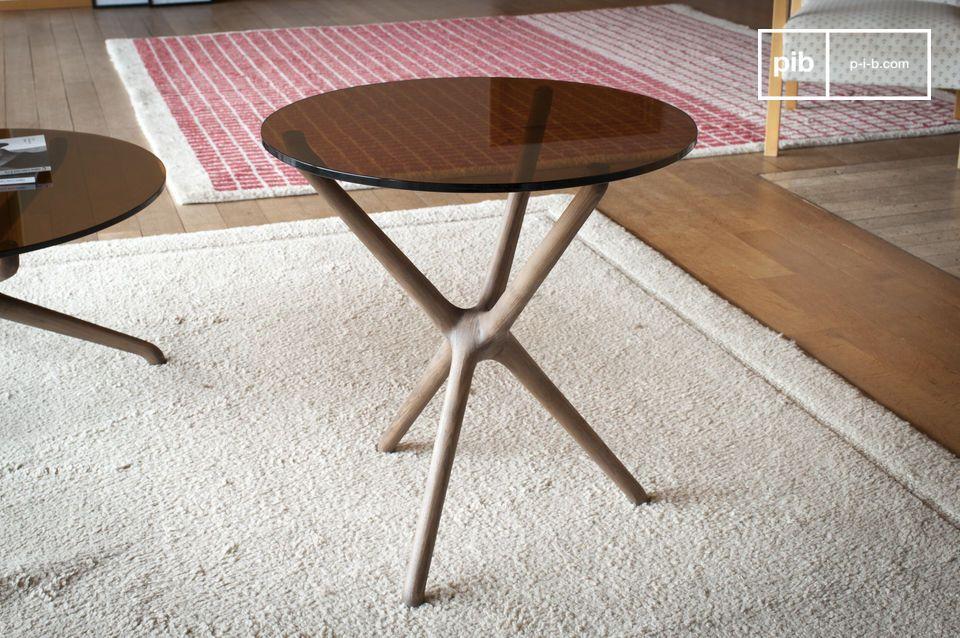 Molto inventivo, questo tavolino è un vero gioiello di creazione