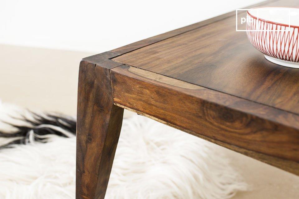 Le sue forme sono ispirate allo stile Scandinavo Vintage degli anni \'60