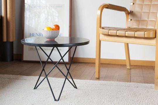 Tavolino in marmo nero Aouthenn