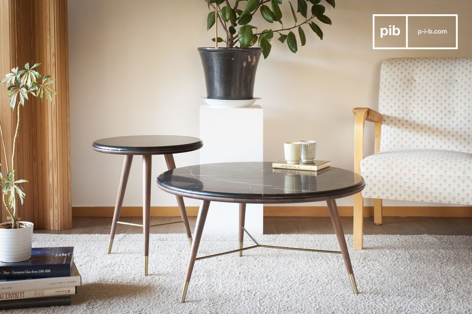 Tavolino in marmo nero Sivärt