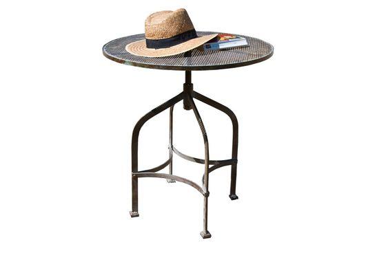 Tavolino in metallo perforato Bistrò Foto ritagliata