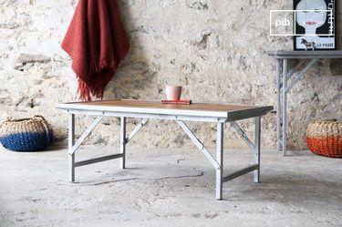 Tavolino in teak Bollène