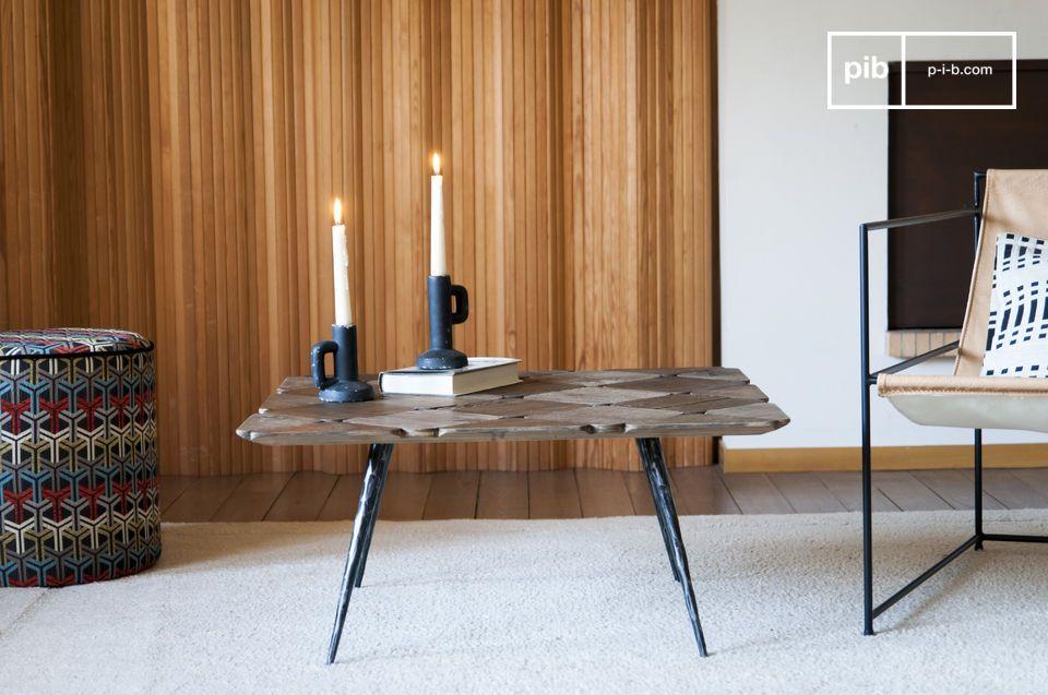 Questo insolito tavolino con le sue gambe strette e smussate porterà stile e leggerezza in un