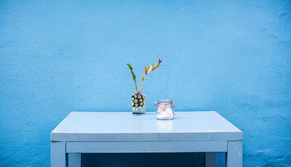 tavolino shabby chic blu