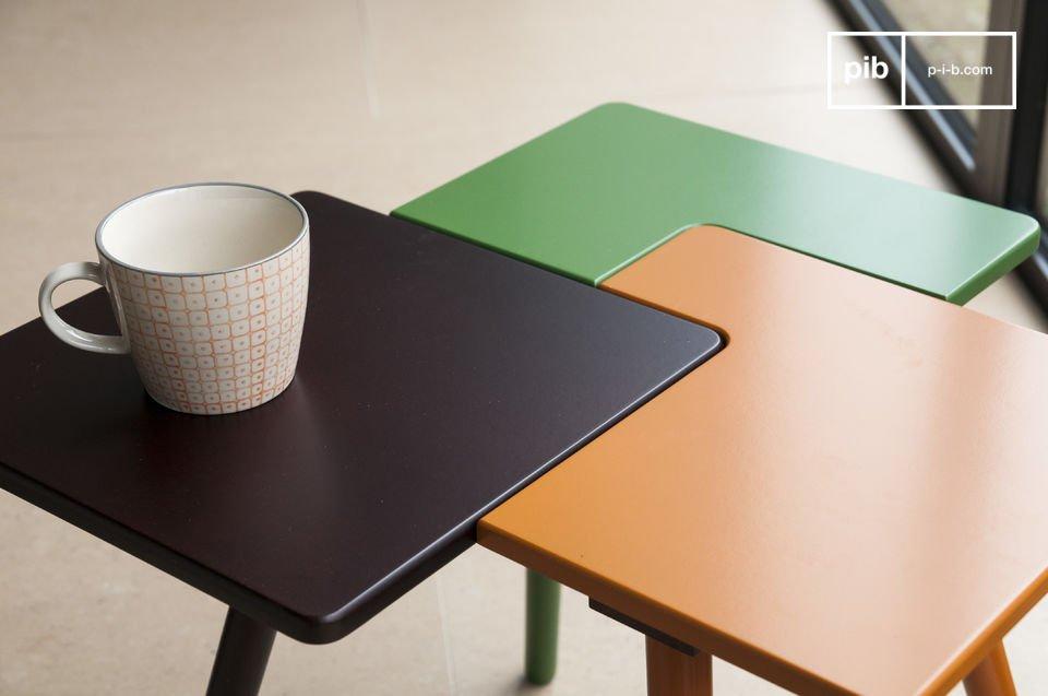 Il tavolino Tridy è un piccolo mobile pieno di fantasia che aggiungerà un tocco di stile nordico e