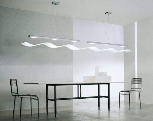 tavolo con ambiente moderno