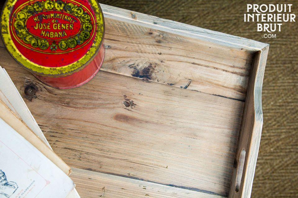Un design in legno massello di qualità che garantisce una grande solidità