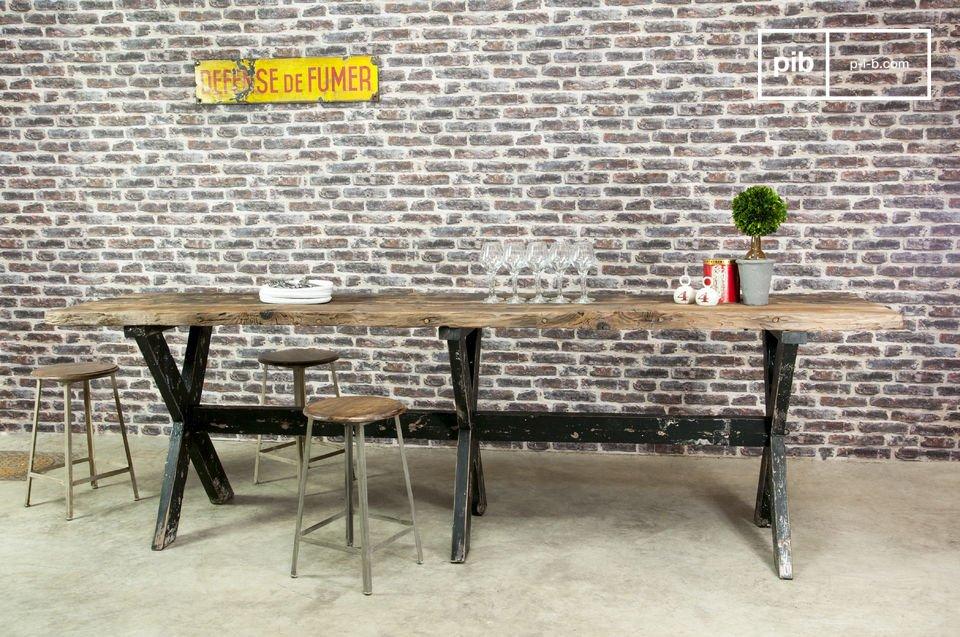 Ideale con sedie o sgabelli di 60 cm di altezza