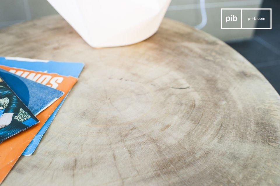 Il tavolo Nederland in stile scandinavo è un articolo dal look naturale e raffinato