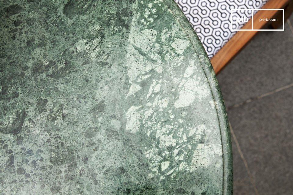 Tavolo Scandinavo ideale per uno spazio pittoresco