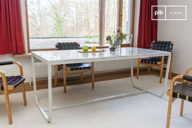 Tavolo da pranzo nordico in marmo Gällo