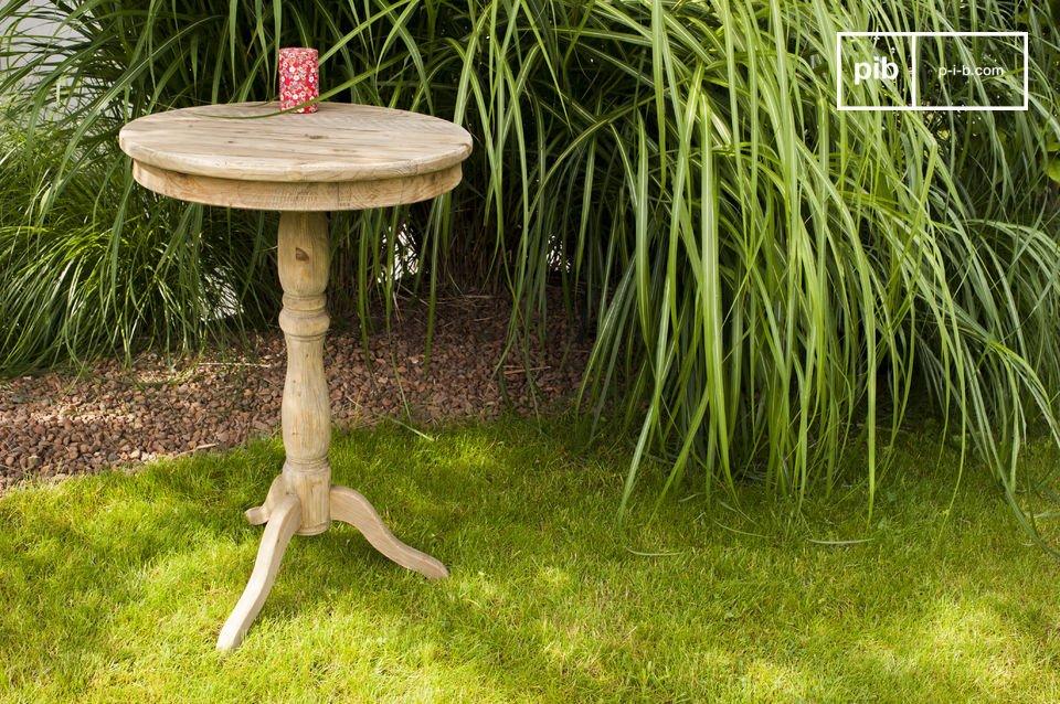 Ideale per il soggiorno o come piccolo tavolo da pranzo