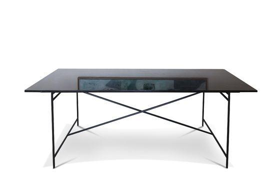 Tavolo in marmo nero Thorning Foto ritagliata
