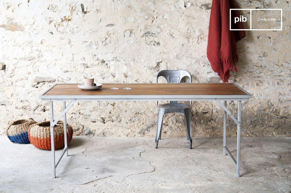 Tavolo in teak Bollène