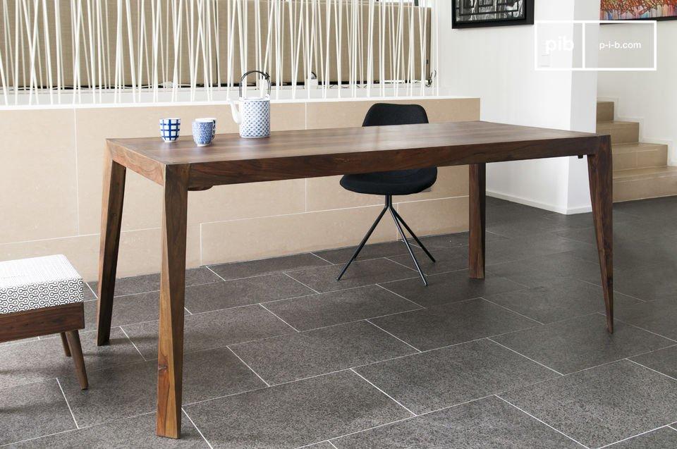 L'eleganza di un tavolo in stile Scandinavo
