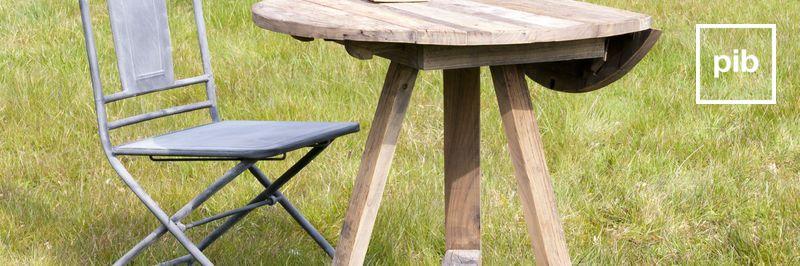 Tavolo regolabile in altezza