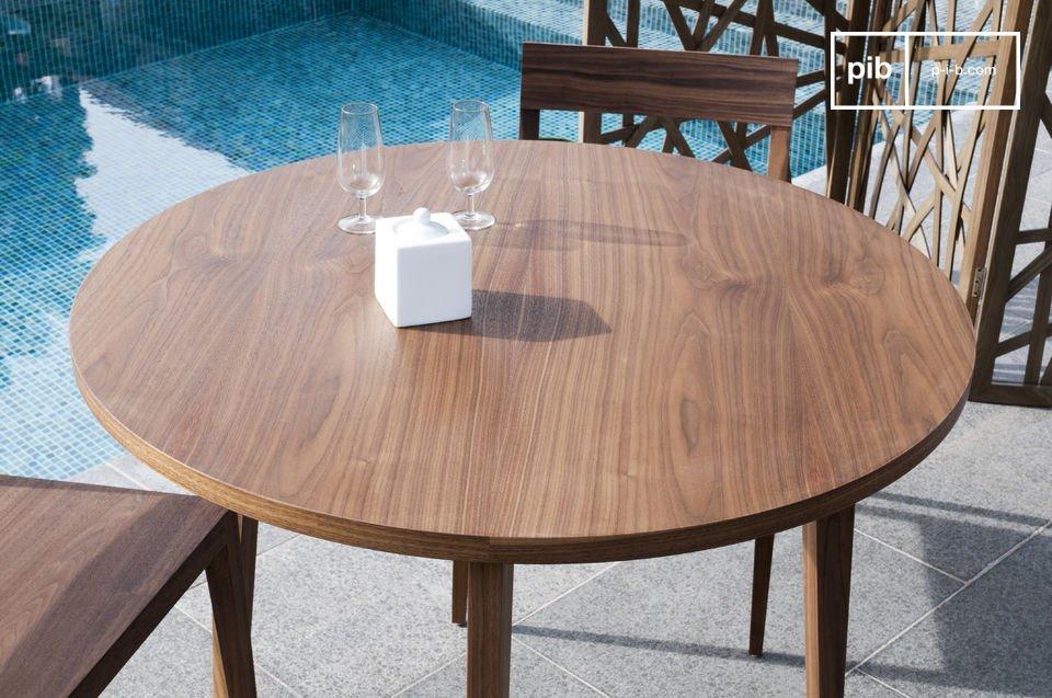 Tavolo rotondo n ten convivialit eleganza e bellezza pib for Tavolo rotondo diametro 90