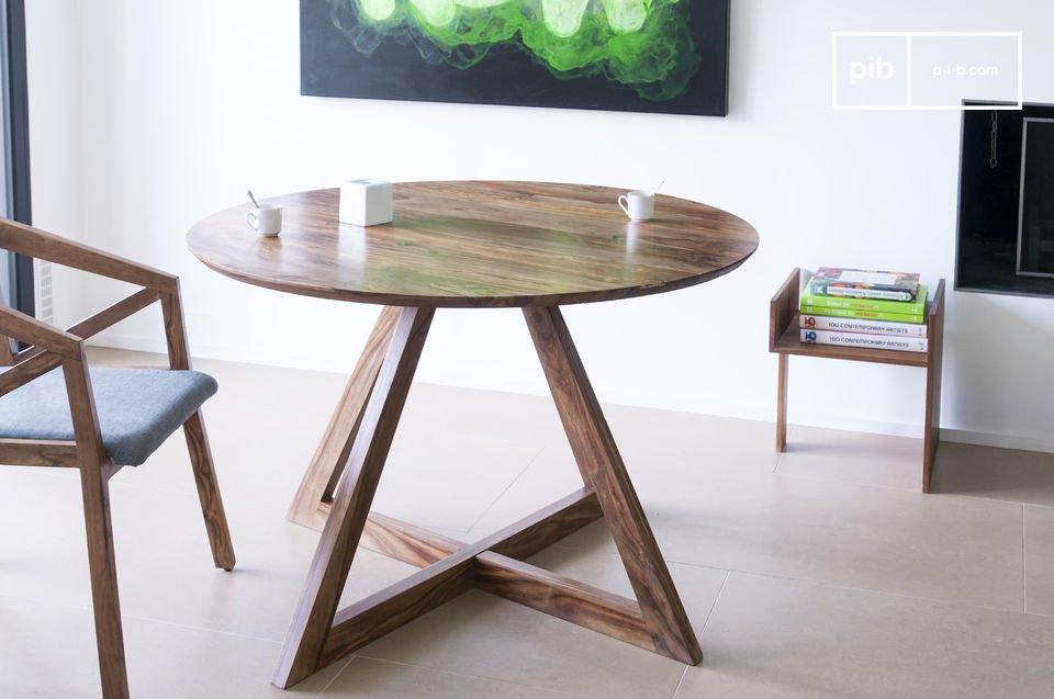 La robustezza di questo tavolo non è da mettere in discussione