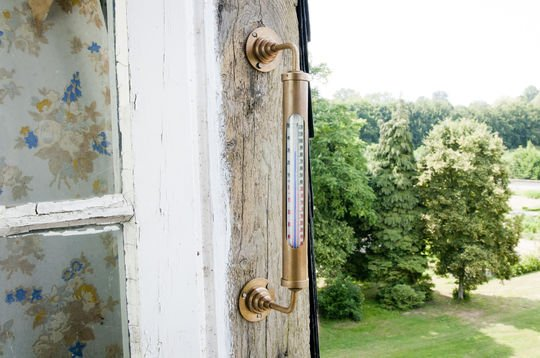 Termometro a muro in ottone