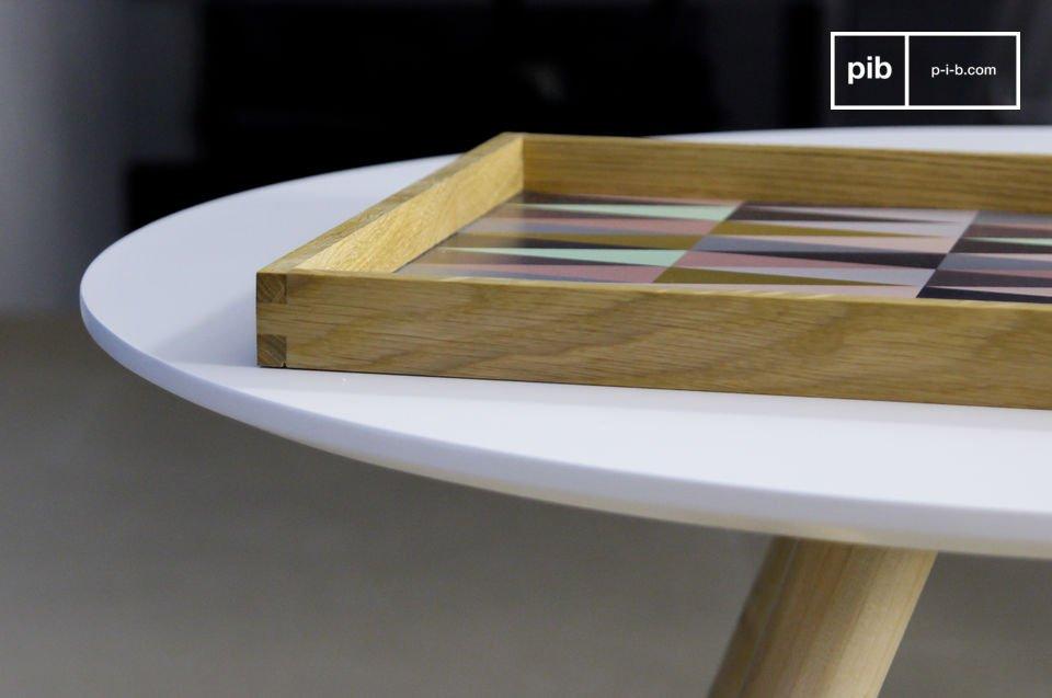 Lo potrai usare per servire il tè aggiungendo un vivace tocco di colore nel tuo arredamento Vintage